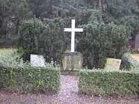 Hans Christian Oersted - hrob na hřbitově Assistens, Kodaň (foto Lund Rosenkilde)